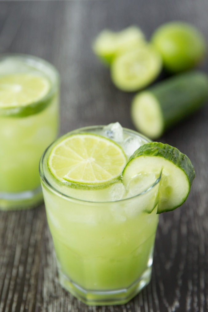 Refreshing-cucumber-lime-margaritas-1